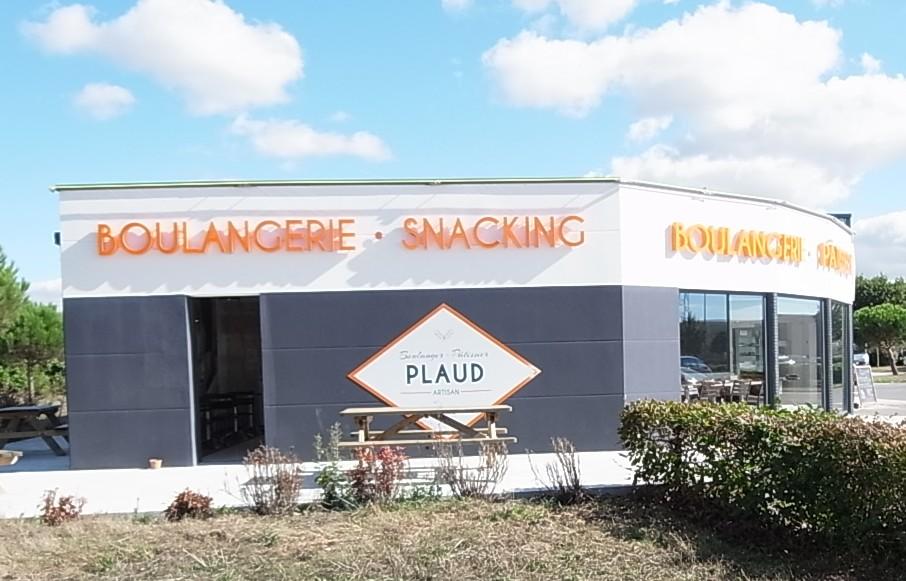 Façade commerce, peinture extérieure pour magasin à la Roche Bernard dans le Morbihan, 56